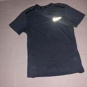 Dry-fit Nike t shirt